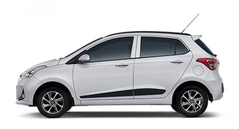 Rent a Car at AAA Rent a Car DMCC without hidden charges at affordable price