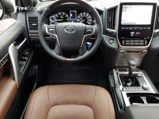 2018 Toyota Land Cruiser VXR 5.7 Plus